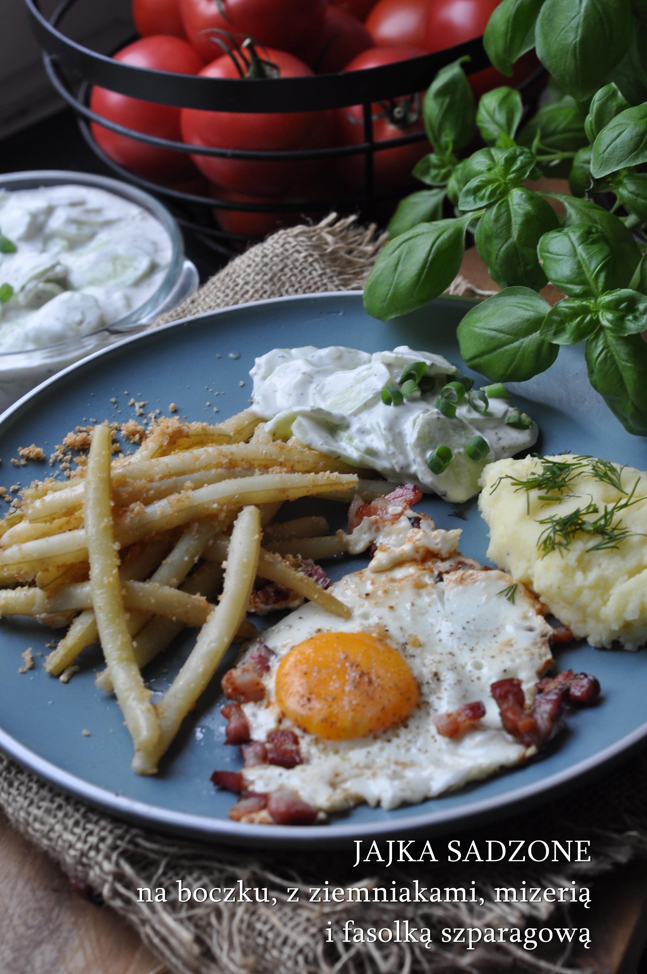 jajka sadzone z ziemniakami