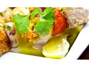 szaszłyki z ryb i owoców morza