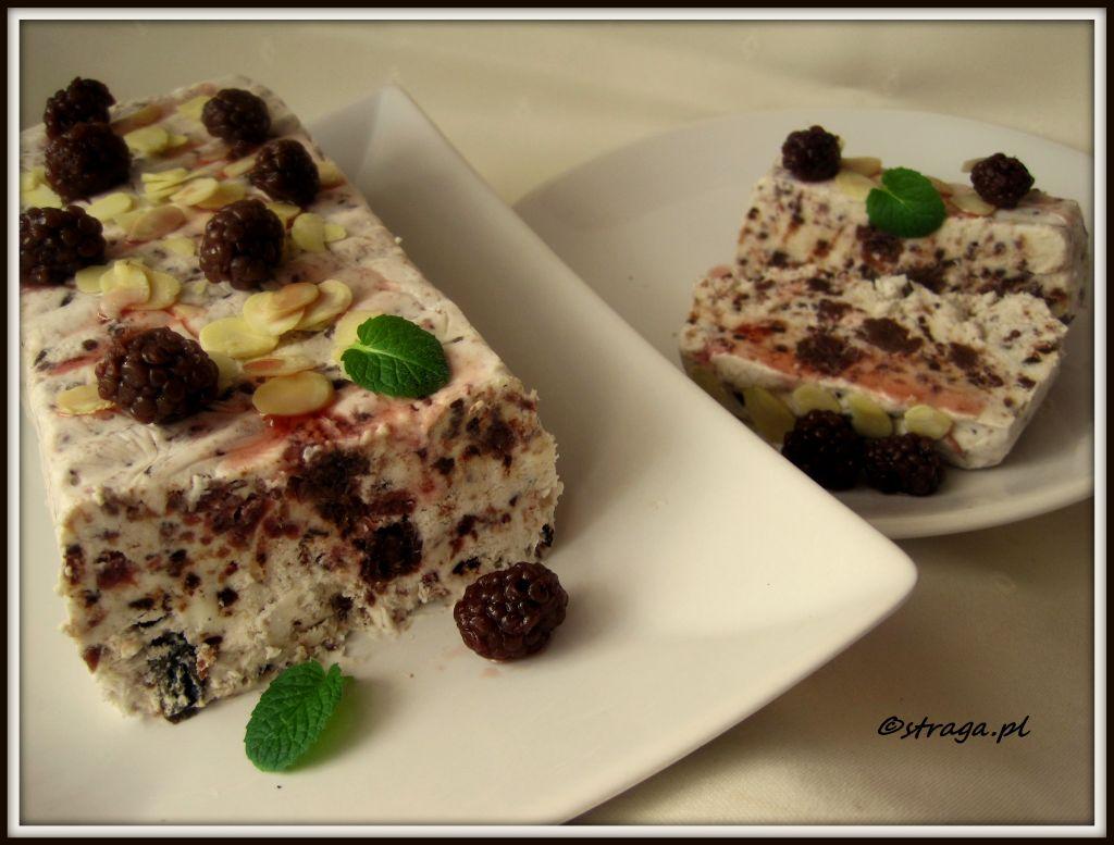 deser lodowy z jeżynami