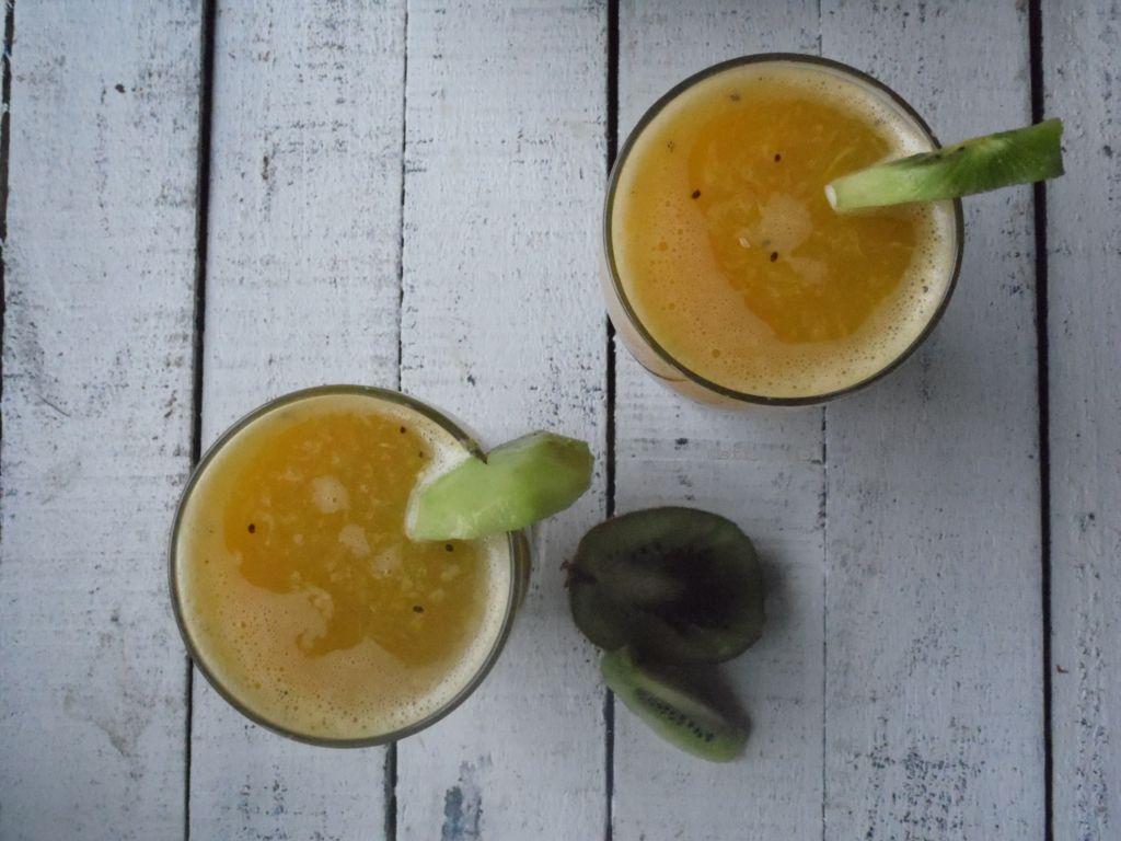 Świeży sok z owoców