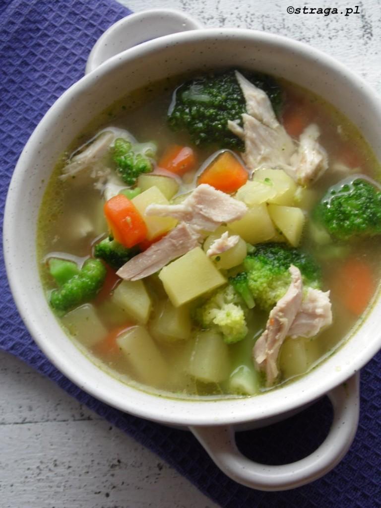 Zupa jarzynowa na kurczaku