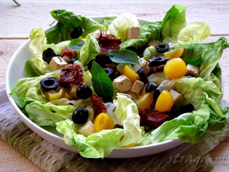 salatka w greckim stylu