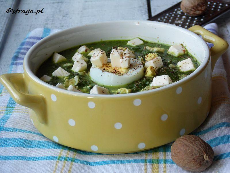 zupa szpinakowa z jajkiem