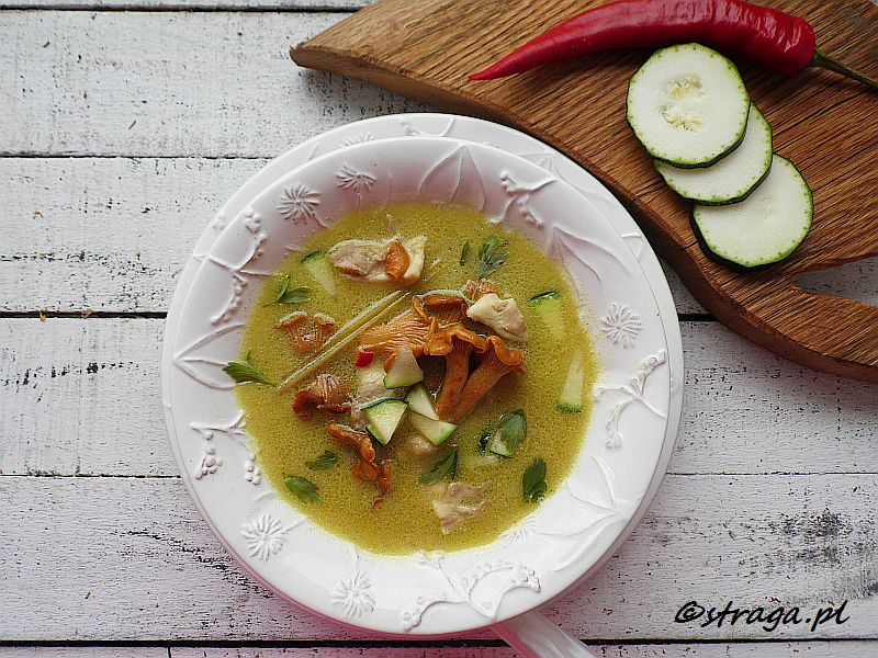zupa kurkowa po tajsku