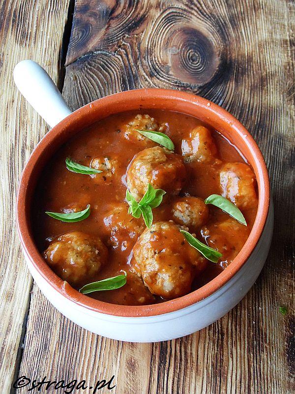 Klopsiki wieprzowe w sosie pomidorowym
