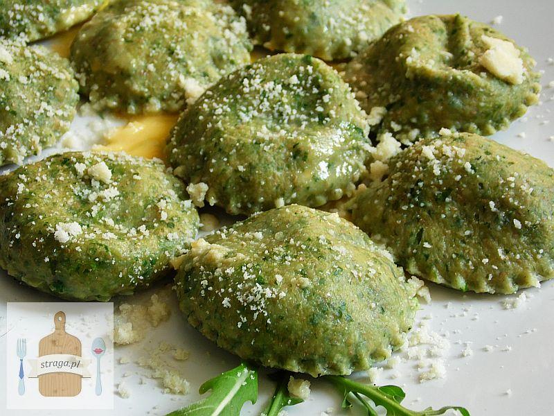 Zielone ravioli z rukoli