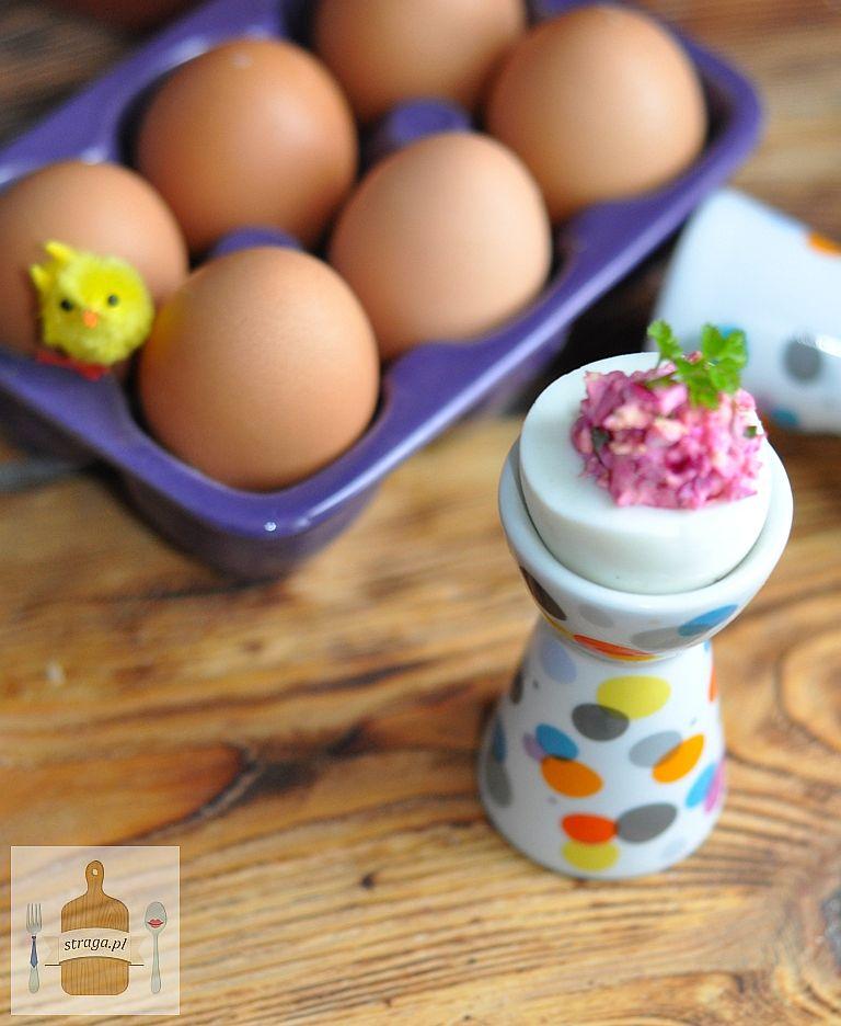 Jajka faszerowane buraczkami