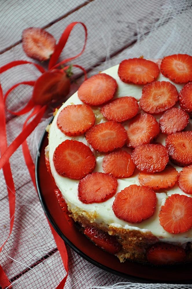 Ciasto kokosowo-truskawkowe