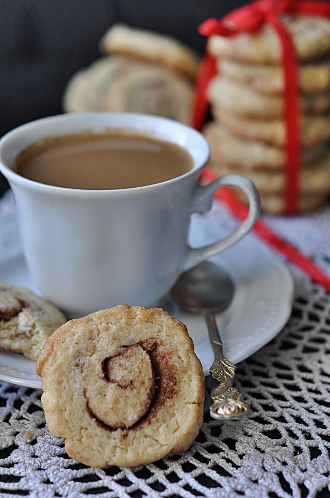 Karmelowo-waniliowe ciasteczka z kakao