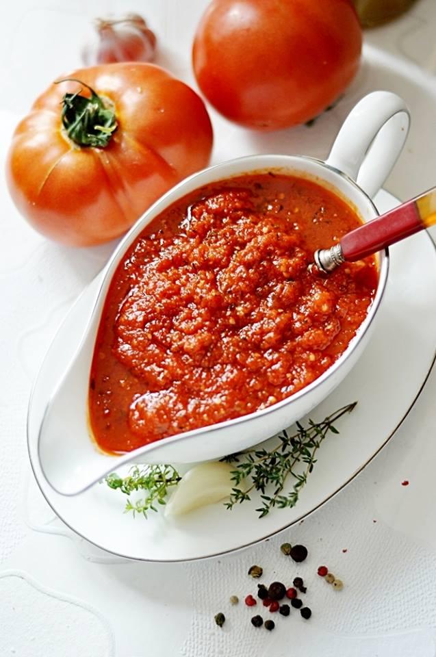 sos ze świezych pomidorów1