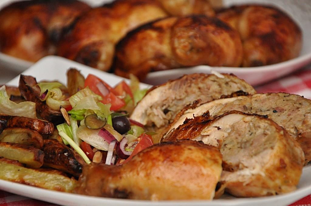Ćwiartki kurczaka faszerowane mięsem mielonym i pieczarkami