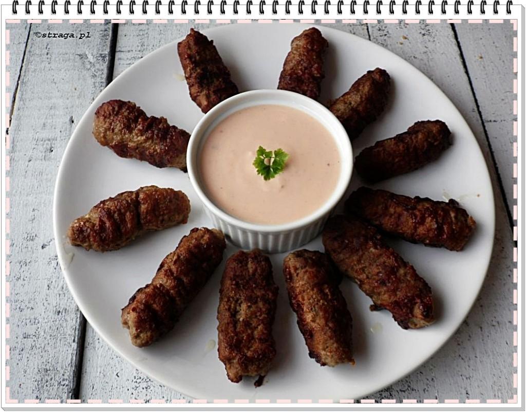Ćevapčići z mielonego mięsa wieprzowego
