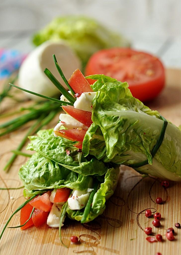 Wrapy z sałaty rzymskiej