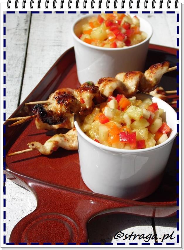 satay z kurczaka z salsą