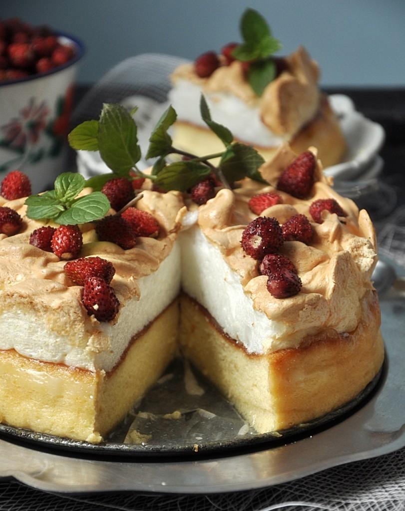 Ciasto sernikowe z beżą