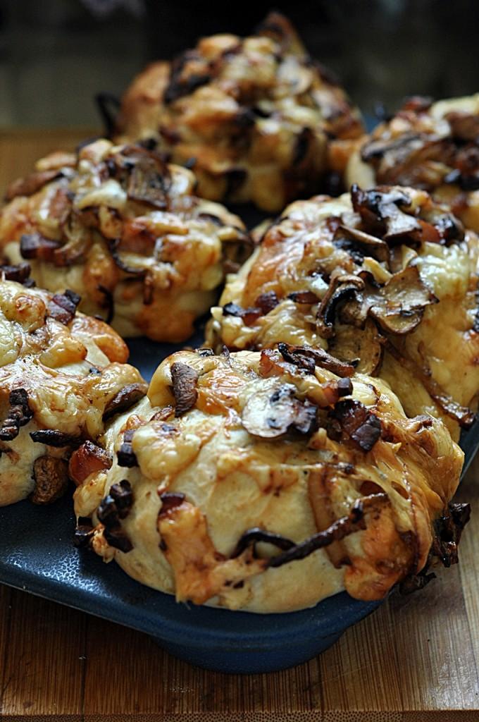 Muffiny drożdżowe  faszerowane