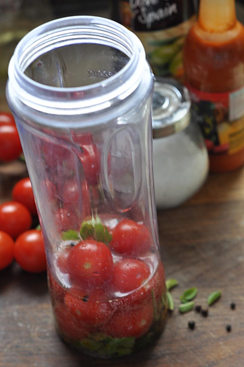 shot pomidorowy
