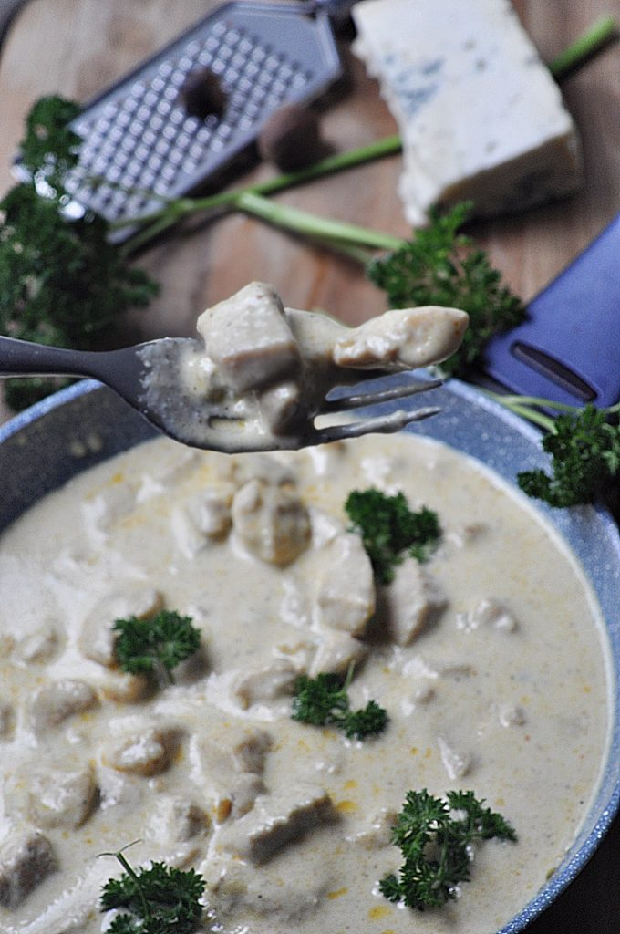KurczKurczak w sosie gorgonzola